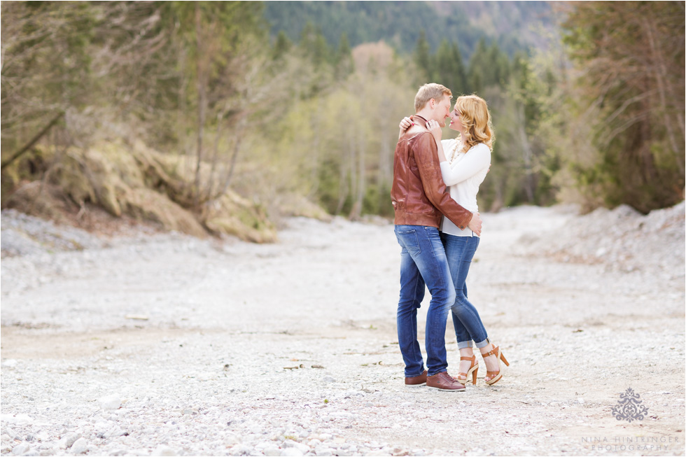 Achensee Engagement Shoot with Melanie & Philipp - Blog of Nina Hintringer Photography - Wedding Photography, Wedding Reportage and Destination Weddings